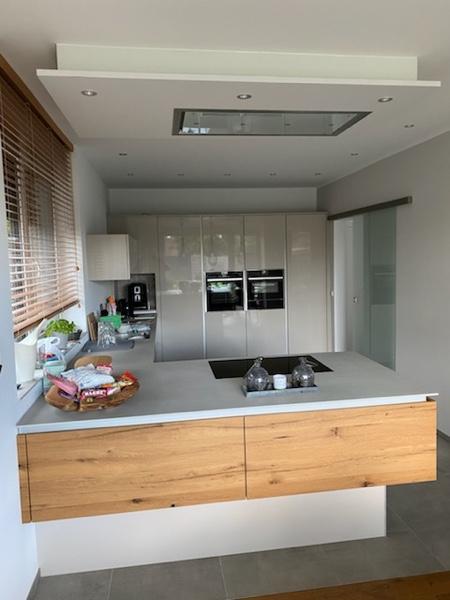 Architekturbüro Arlt, Einfamilienhaus, Innenansicht Küchenblock