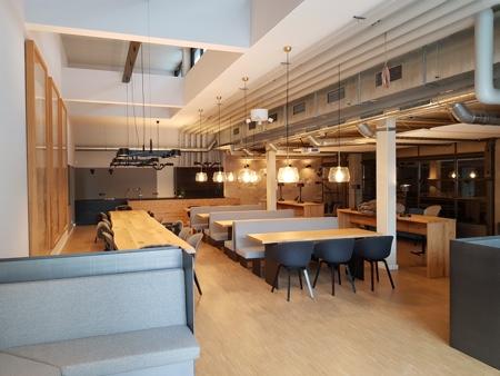 Architekturbüro Arlt, Gewerbeobjekt, Bürogebäude mit Cafeteria
