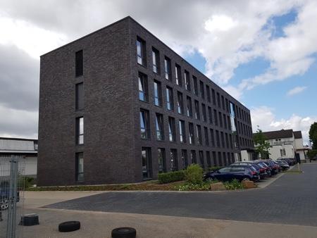 Architekturbüro Arlt, Gewerbeobjekt, Mönchengladbach, Neubau mit Parklplätzen, Vorderansicht